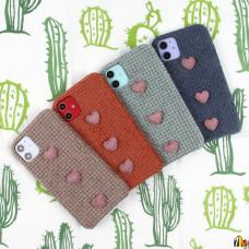 Чехол текстильный с сердечками для iPhone 11